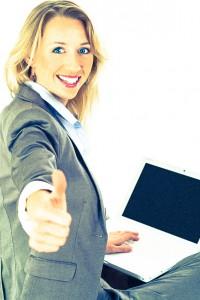 frau laptop